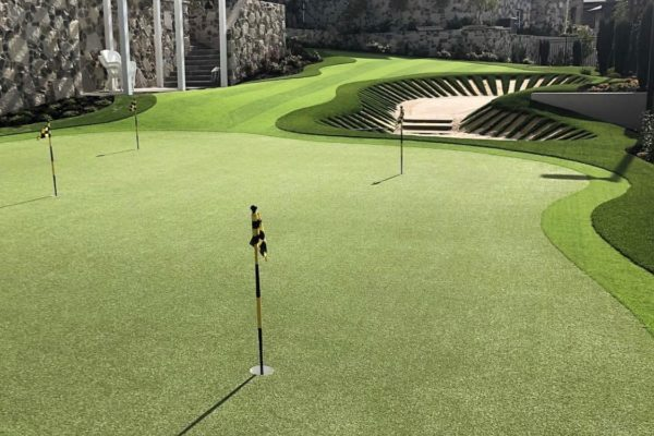 Golf Greens Page - Holmes